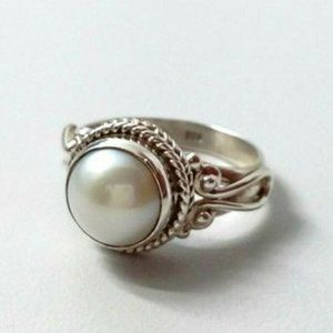 Antique White Pearl Silver Ring Size 9